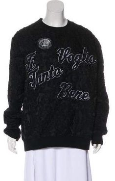 From the Fall 2015 Collection. Men's black, white and grey Dolce & Gabbana Ti Voglio Tanto Bene wool matelassé sweatshirt with text and graphic appliqués at front. Gucci Fashion, Buttonholes, Blazer Suit, Collars, Legs, Suits, Wool, Sweatshirts, Sleeves
