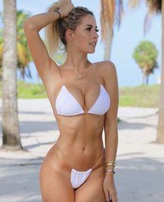 Pictures of attractive females wearing sexy bikinis Mädchen In Bikinis, Bikini Swimwear, Swimsuits, Sexy Bikini, Bikini String, Femmes Les Plus Sexy, Sexy Hot Girls, Gorgeous Women, Beautiful Beach