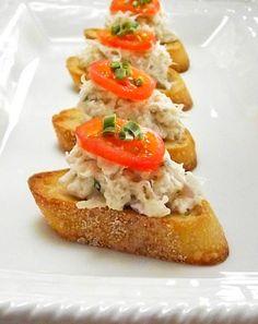Crab Bruschetta from Tasty Kitchen Antipasto, Yummy Appetizers, Appetizer Recipes, My Favorite Food, Favorite Recipes, Crab Recipes, Yummy Recipes, Lobster Recipes, Bruchetta