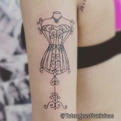 Manequim . . Tatuador/Tattoo Artist: Brunomazambane_ . . ✧ ℐnspiração 〰…