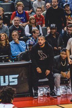 Drake wearing October's Very Own Original Owl Hoodie, Jordan Eminem x Carhartt x Air Jordan 4 Drake Fashion, Latest Fashion, Golden State Warriors Game, Owl Hoodie, Drake Drizzy, Drake Graham, Aubrey Drake, Octobers Very Own, Display