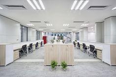 La importancia del equilibrio en el equipamiento integral de oficinas.