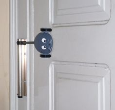 Door hardware - a mice or a pring?