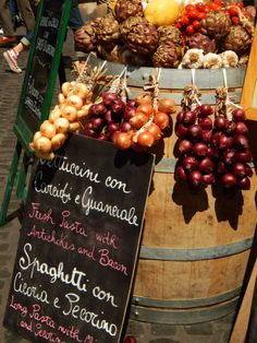 Campo Di Fiore, Roma Bazaars, We The Best, Sicily, Beautiful World, Bacon, Told You So, Table Decorations, Rome, Pictures