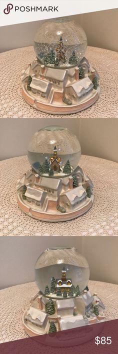 Paris Snow ball XL Arc Triomphe Snowglobe Waterglobe,Souvenir smaller Faults