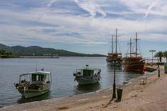 "Thess it στο Instagram: ""Κάπου στη Χαλκιδική. #thessaloniki #skg #xalkidiki"" Sailing Ships, Boat, Instagram, Dinghy, Boats, Sailboat, Tall Ships, Ship"