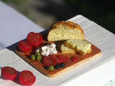 Dollhouse Miniature Bread with Cheese, Tomatoes and Olives on a wooden Board, Dollhouse Cheese Bread, Miniature Food in 1:12 scale by miniThaiss on Etsy