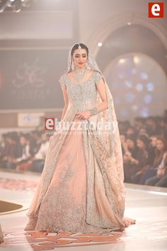 niloffer-shahid-telenor-bridal-couture-week-2015-ebuzztoday (68)