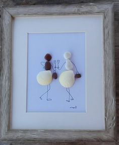 Pebble art girls shells Girls shells home decor friends Sea Glass Crafts, Sea Glass Art, Seashell Crafts, Beach Crafts, Pebble Art Family, Pebble Pictures, Art Friend, Shell Art, New Home Gifts