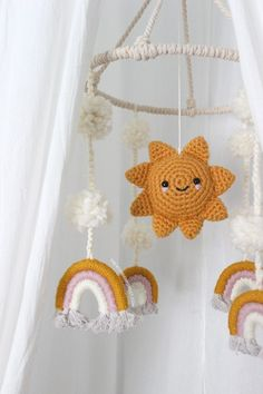 How To Make a Macrame Rope Rainbow - Wonder Forest Macrame and Crochet Mobile Diy Macrame Wall Hanging, Macrame Art, Macrame Projects, Crochet Projects, Macrame Jewelry, Mobiles En Crochet, Crochet Mobile, Rainbow Wall, Macrame Design