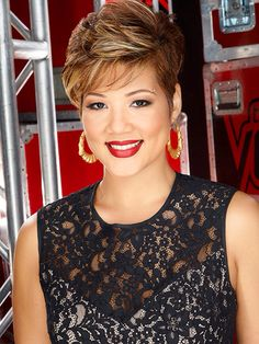 """Tessanne Chin : Chinese Jamaican singer wins The Voice Season 5. In 2010, Tessanne Chin and her sister Tami were featured on a television segment on Island Stylee. The presenter said she """"could fill a stadium and rock the house."""""""