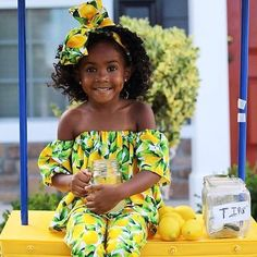 Start your Monday with some #Lemonade! This princess know's what to do when life throws you lemons... Make lemonade! cc: @frobabies #Princess #Queen #BlackGirlsRock #BlackGirlMagic #QueenB #AfterTheAisle