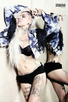more sara fabel. Beautiful Curves, Most Beautiful, Sara Fabel, Cervena Fox, Female Tattoo Models, Glam Metal, Model Photographers, Model Mayhem, Inked Girls