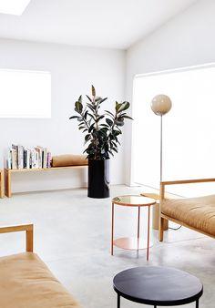 10 Vivacious Cool Ideas: Minimalist Home Bedroom House minimalist bedroom master guest rooms.Minimalist Decor Wood Interiors minimalist home office small.Minimalist Home Interior Clutter. Interior Design Inspiration, Home Interior Design, Interior Decorating, Decorating Games, Decorating Websites, Modern Interior, Modern Decor, Design Ideas, Minimalist Interior