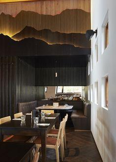 Astra Lodge (Falls Creek, Australia), Australia & Pacific Bar | Restaurant & Bar Design Awards Corporate Interior Design, Corporate Interiors, Restaurant Interior Design, Cafe Interior, Hotel Room Design, Lobby Design, Roof Design, Ceiling Design, Restaurant Concept