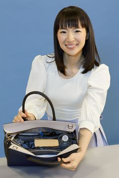 The KonMari Method is pro organizer Marie Kondos minimalism-inspired approach to tackling your stuff category-by-category rather than room-by-room. The goal of the KonMari Method is to have a house full of items that spark joy. Konmari Method Folding, Konmari Methode, Home Organization Hacks, Closet Organization, Organising Ideas, Wardrobe Organisation, Household Organization, Paper Organization, Sparks Joy