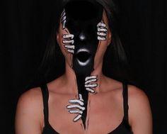 Mixxedmonster 💀 on Instagra Mask Makeup, Red Makeup, Costume Makeup, Makeup Inspo, Makeup Art, Makeup Inspiration, Halloween Makeup Looks, Halloween Inspo, Halloween 2018
