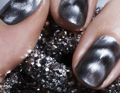 BuyaPowa - Nails Inc. Magnetic Gold Nail Polish