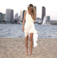 Cute beach bridesmaid dress. In a different color of course  I need this in blue for a wedding I'm in in May on the beach in grand caman - link says URL not found :/