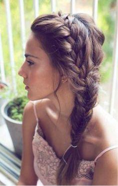 Side Braid Hairstyles for Long Hair: So Gorgeous for the Summer Bride! Side Braid Hairstyles for Lon Pretty Braided Hairstyles, Elegant Hairstyles, Hairstyles With Bangs, Wedding Hairstyles, Cool Hairstyles, Fringe Hairstyles, Wedge Hairstyles, Braided Updo, Short Haircuts