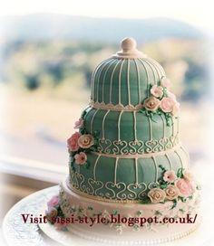 Shabby Chic wedding cake via Sissi Style @kristen Gaubatz .... Could be great idea for wedding cake