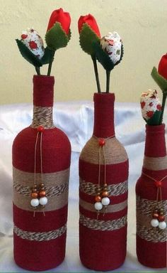 Wine Bottle Crafts – Make the Best Use of Your Wine Bottles – Drinks Paradise Glass Bottle Crafts, Wine Bottle Art, Diy Bottle, Vodka Bottle, Recycled Wine Bottles, Painted Wine Bottles, Diy Holiday Gifts, Christmas Diy, Diy Gifts