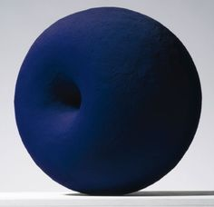 Anish Kapoor, Untitled, 1996 - Midnight blue pigment on aluminium -