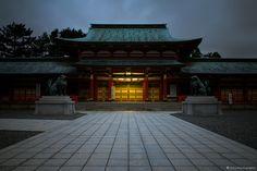 Hamamatsu Gosha Shrine Hamamatsu, Relaxing Places, Garage Doors, Japan, Country, Outdoor Decor, Home Decor, Decoration Home, Rural Area