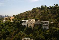 houses of the hills, Laurel Canyon--the mansion on the far left sits on the site where the Tate murders took place Vintage California, California Love, Los Angeles California, Southern California, American Mansions, Topanga Canyon, San Fernando Valley, Laurel Canyon