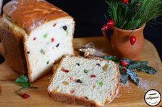 Cozonac facut la masina de paine Cake Cookies, Feta, Food And Drink, Dairy, Pudding, Bread, Cheese, Desserts, Tailgate Desserts