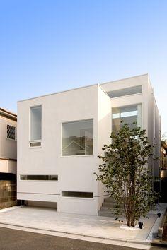 House of Minamisenzoku  Tokyo by Kunio Isobe