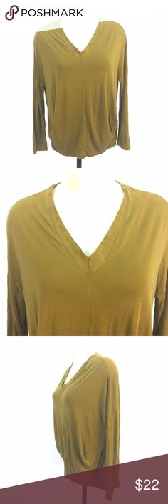 """cos Tunic Blouse Shirt Sz S Gold Minimalist Tunic *  Gold V-neck minimalist tunic blouse by cos (Collection of Style); size is S  * Long sleeve; interesting gather detail at sides   * Please refer to measurements below and photos for item details!  Item Measurements: Size: S Shoulder-shoulder: N/A Armpit-armpit: 25"""" Waist: 24"""" Overall Drop: 25"""" Sleeve: 16.5"""" Item Number: 2440 FF cos Tops Blouses"""