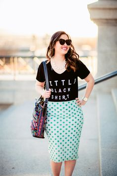 from the #reasonstodress real mom street style linkup Reasonstodress.com - graphic t shirt and pencil skirt, mom style tips, mom fashion