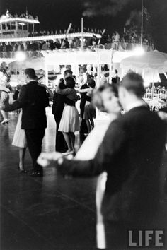 Disneyland's All-Night Prom In 1961! Can you imagine?! At Disneyland all night long for prom?! Only in my wildest dreams!