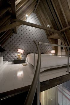 50 Beautiful Attic Bedroom Designs And Ideas - Dachboden Attic Bedroom Designs, Attic Bedrooms, Bedroom Loft, Bedroom Decor, Bedroom Ideas, Upstairs Bedroom, Attic Design, Bedroom Ceiling, Bedroom Inspiration
