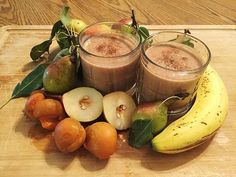 Spiced Pear Ginger Smoothie made with Creamy Vanilla Complete Whey Protein powder! Low Glycemic Fruits, Spiced Pear, Ginger Smoothie, Whey Protein Powder, Vegan Smoothies, Frozen Banana, Fresh Fruit, Food To Make, Vanilla