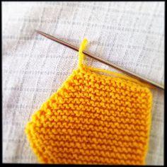 arrêter la dernière maille du tricot : 2 Crochet Bikini, Zip Around Wallet, Blanket, Knitting, Points, Accessories, Knit Socks, Knits, Tuto Tricot
