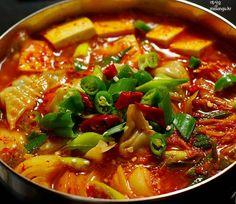 [김치전골]얼큰한 두부 만두 김치 전골 만드는 법 by 미상유 – 레시피   Daum 요리
