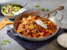 Rask middag på under 20 minutter Frisk, Tex Mex, Paella, Guacamole, Bacon, Curry, Ethnic Recipes, Food, Chili Con Carne