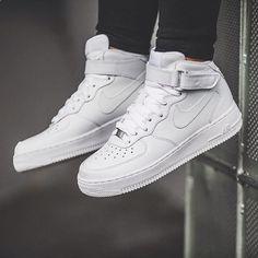 Nike WMNS Air Force 1 Mid `07 LE (white) - 43einhalb Sneaker Store 7c6d22b88
