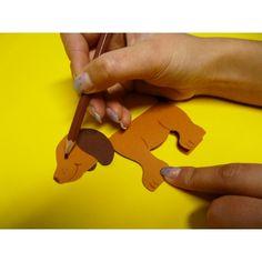 Für alle die gerne einen Hund basteln möchten aus Tonkarton haben wir hier eine nette Bastelidee.