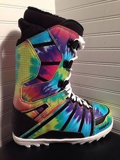 Thirtytwo Lashed Psychedelic Snowboard Boots-- oh my God I need These Snow Gear, Snow Outfit, Snowboarding Women, Snow Fun, Winter Love, Skate Surf, Winter Gear, Ski And Snowboard, Extreme Sports