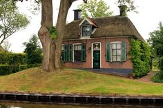 Dwarsgracht, the Netherlands