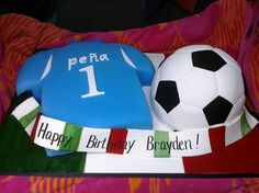 Pam's Custom Cakes: Italy Futbol cake for Brayden Soccer Cake, Soccer Party, Cupcake Party, Cupcake Cakes, Italy Soccer, My Childhood Friend, Sport Cakes, Minnie Mouse Cake, 90th Birthday