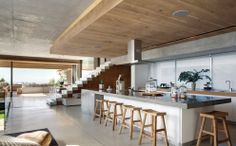 Pictures - Glen 2961 - Architizer    Now there's a  kitchen...