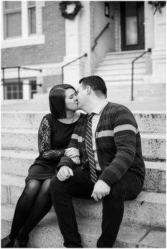 Downtown Norfolk, Virginia Classic Couple Winter Engagement Session | Black and White Portrait | Virginia Wedding Photographers | Rowlands Photography
