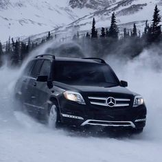 If you enjoyed a snowy holiday season with the added stability and traction of our 4MATIC all-wheel drive system, post your best #4MATIC photo and we'll start regramming some of our favorites. Tonight's snowstorm will be severe for many of you, so drive safely if you have to be out on the roads.