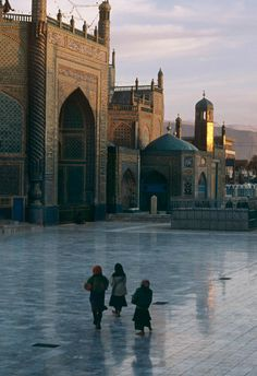 Shrine of Hazrat Ali in Mazar i Sharif, Afghanistan