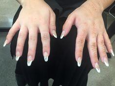 V shaped French manicure