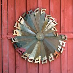 Texas Yard Art I could actually make! Bartlett Electric Cooperative member DeAnna Young discovered this decorative swirl of saws on a barn door in Salado.